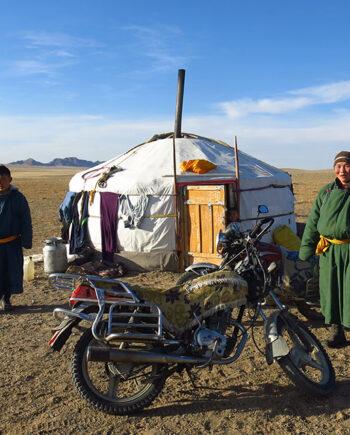Voyage moto Mongolie Monsieur Pingouin