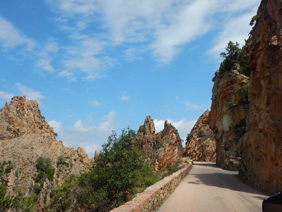 voyage à moto en Corse avec Monsieur Pingouin
