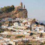 voyage-moto-espagne-andalousie-monsieur-pingouin-village-blanc