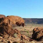 voyage-moto-Namibie-Twyfelfontein-Monsieur-Pingouin
